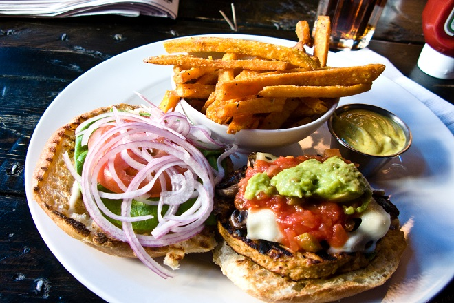 Burgers in Melville